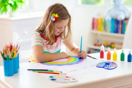 Make Art Together at the Cailin Art Studio January 2