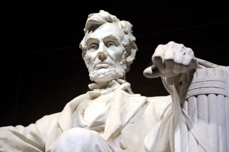 Visit Lincoln at Waterfront Park This April