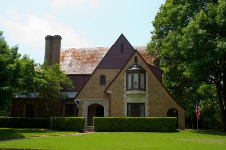 See Historic Tudor Architecture This June