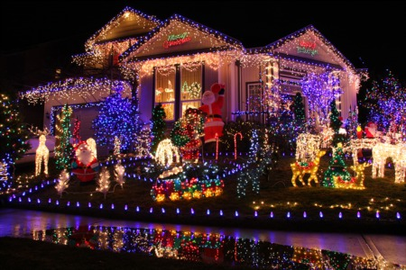 Look at Holiday Lights in Toyland This December