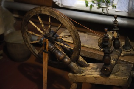 Learn How to Spin Yarn January 2