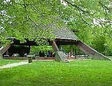 The Beautiful Cherokee Park Neighborhood in Louisville