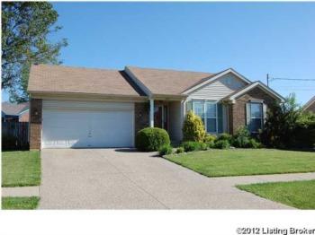 Home for Sale 6013 Fairridge Court Louisville, KY 40229