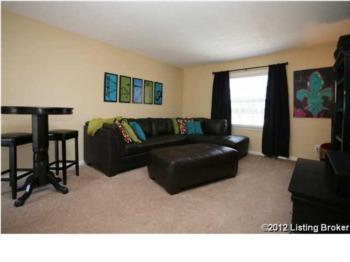 Condominium for Sale 1364-202 Mariemont Court Louisville, Kentucky 40222