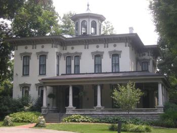 Crescent Hill - A Peaceful Destination in Louisville