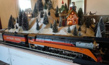 Holiday Trains Exhibit at Yew Dell Botanical Gardens Through December 22nd
