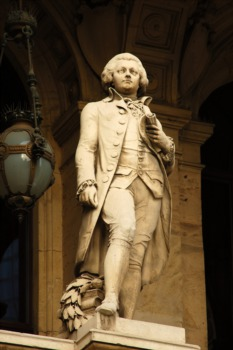 Classics 7: All Mozart with the Louisville Orchestra March 15th