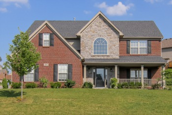 Home for Sale 8010 Williamsgate Circle Crestwood, KY 40014