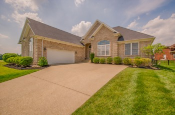 Home for Sale 11531 Vista Club Drive Louisville, KY 40291