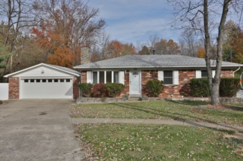 Home for Sale 7001 Broken Bow Drive Louisville, KY 40258