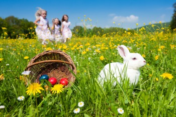 Hunt for Easter Eggs in Lyndon March 28