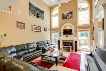 Home for Sale 1518 Crosstimbers Drive Louisville, KY 40245