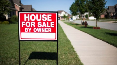 For Sale By Owner: 5 Reasons Why Sellers Should Avoid This