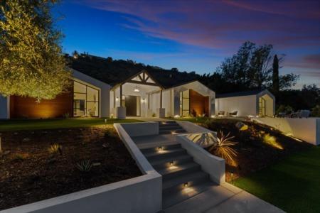 Orange Park Acres Smart Home | 11447 Orange Park Blvd