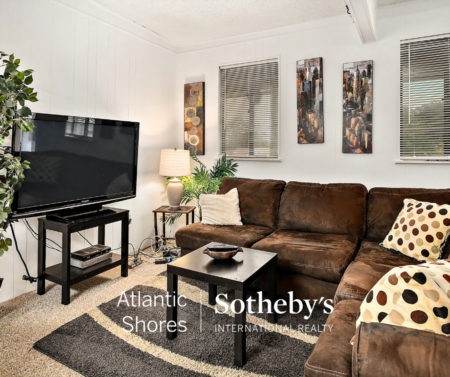 Light House Village Unit 439, Ocean City Maryland | Listed For Sale | $144,000 | Atlantic Shores Sotheby's International Realty