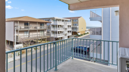 Beach House, Unit 301 | Ocean City, Maryland | Atlantic Shores Sotheby's International Realty