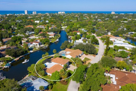 Featured Property: Beach or Boating - Live the Ultimate Siesta Key Lifestyle