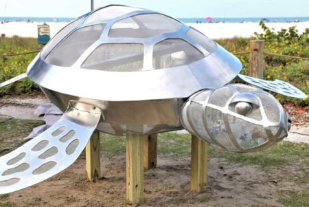 Sea Turtle Sculpture to Raise Environmental Awareness