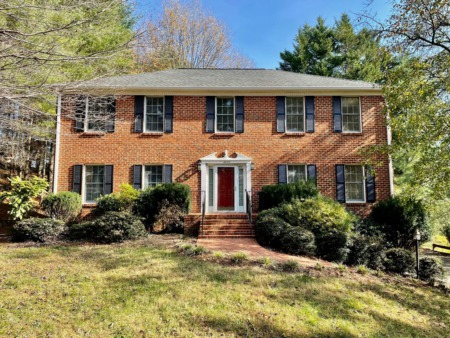 4921 Colonial Ave, Roanoke, VA 24018