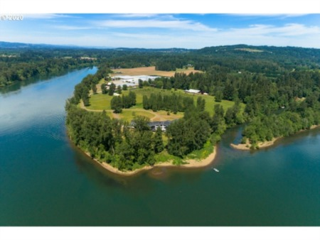 Mark Wattles' Riverfront Home in West Linn for Sale