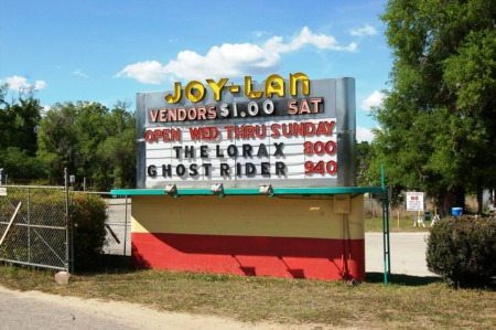 Drive- In Movies Make a Comeback