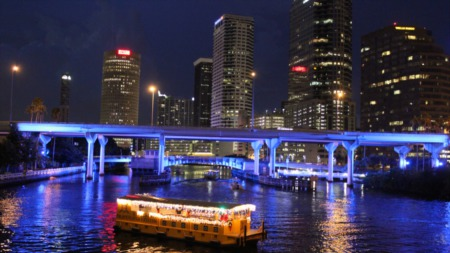Enjoy A Holiday Cruise Along The Hillsborough River