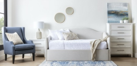 9 Decor Trends That Are In and Out