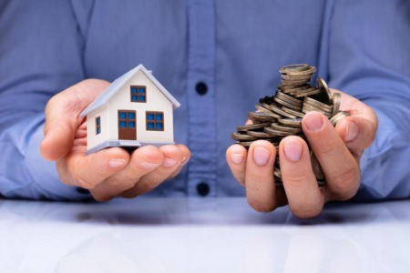 HOME SELLING: Marketing a Fixer-Upper in Today's Seller's Market