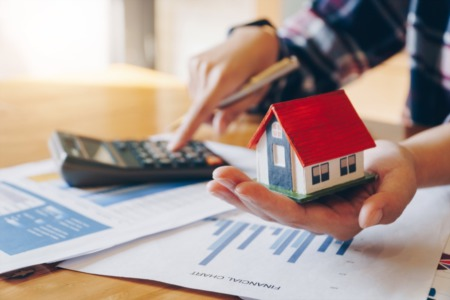 Buying a Home? 4 Essential Budgeting Tips