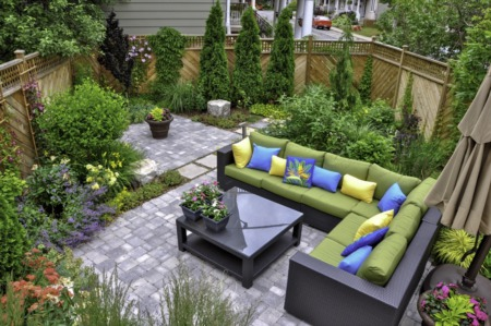 3 Backyard Renovation Ideas for New Homeowners
