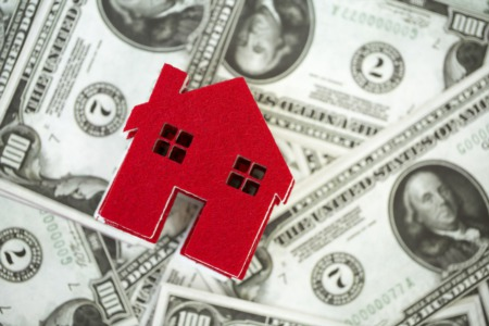 How to Overcome the Challenge of Buying a Home in a Seller's Market