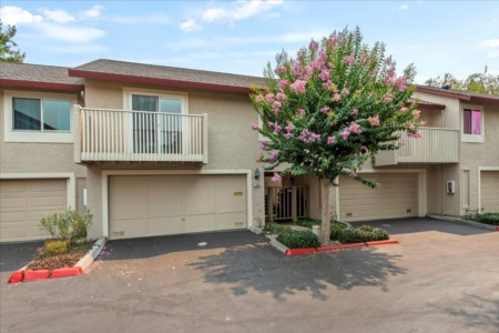 Stunningly Remodeled 2 Bed 2 Bath W. San Jose Townhome!