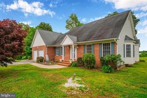 Justed Listed - 40305 Beach Dr, Mechanicsville