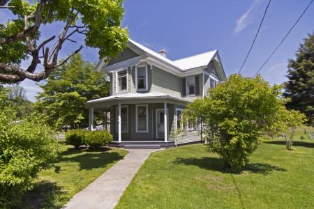 Video Walkthrough of 464 E. Chestnut Ave., Alderson, WV