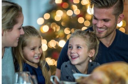Compradores Continuam Suas Buscas Durante as Festas de Fim De Ano