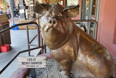 Bryan's Black Mountain Barbecue in Cave Creek