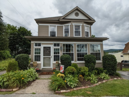 531 53rd Street, Beautiful 2 Story Home for Sale in Altoona, PA