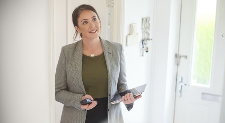 6 Reasons You'll Win by Selling with a Real Estate Agent This Fall