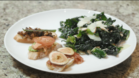 Crostinis With Tuscan Kale Salad