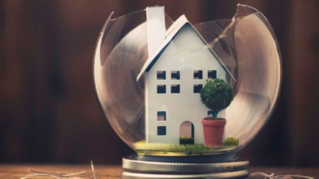 How Much Home Insurance Do I Need? A Guide for Buyers