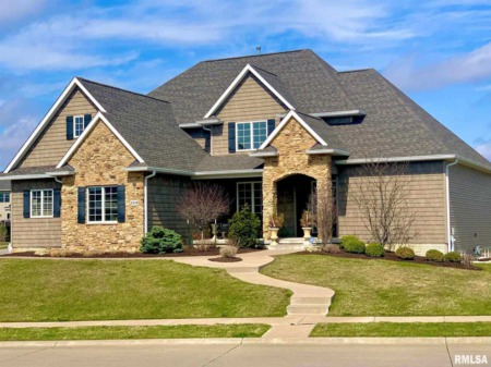 Beautiful Homes for Sale in Bettendorf, Iowa