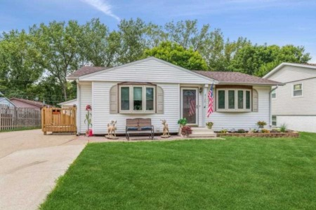 Interesting New Illinois Homes for Sale from The Bassford Team