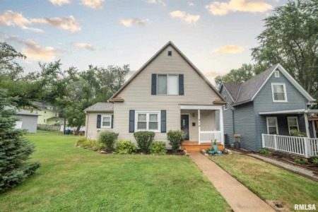 September Homes for Sale Throughout the Quad Cities