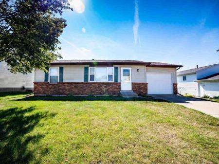 Impressive Single-Family Homes for Sale in Iowa