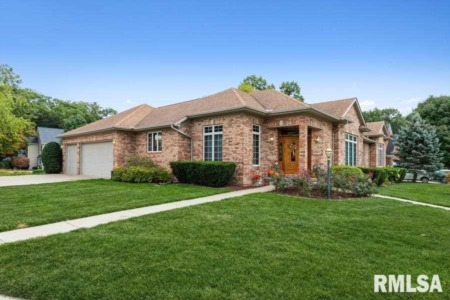 Outstanding October Homes for Sale in the Quad Cities