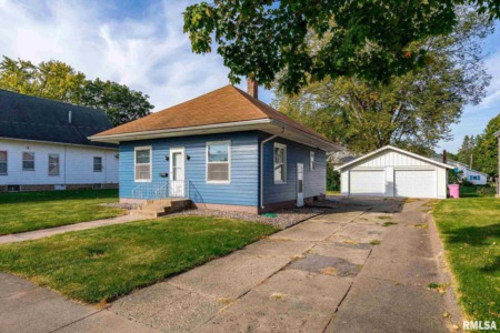 Fresh New Fall Homes for Sale in the Quad Cities