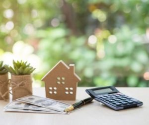 Pros and Cons of a Variable vs. Fixed Mortgage Rate