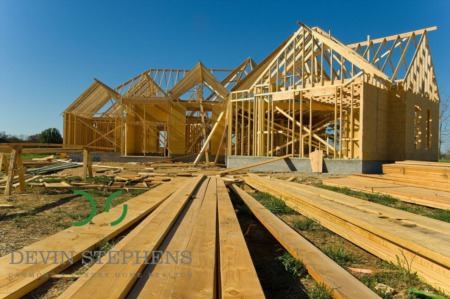 Contemplating building a home in the Bow Valley? Keep your Construction On Track with these tips.