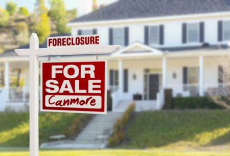 Pros And Cons Of Buying A Foreclosed Home in Canmore