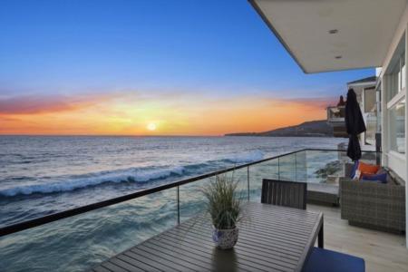 San Diego's #1 VA IRRRL Streamline Refinance Home Loan Pros & Cons in 2021